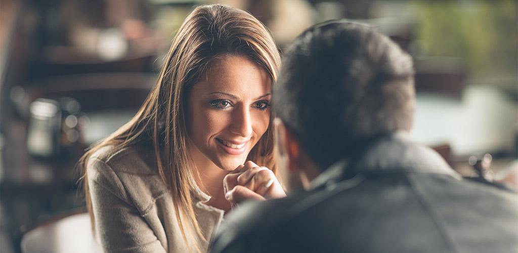 eye contact with girl